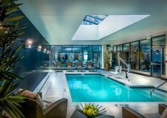 巴尔的摩内港凯悦嘉轩酒店 - 巴尔的摩 - 游泳池
