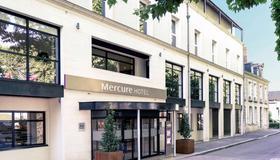 布鲁瓦中心美居酒店 - 布鲁瓦 - 建筑