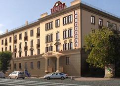 科罗纳酒店 - 马格尼托哥尔斯克 - 建筑