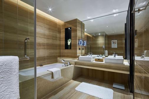 上海虹桥绿地铂瑞公寓 - 上海 - 浴室