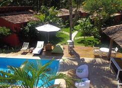 普萨达大班布旅馆 - 托兰克索 - 游泳池