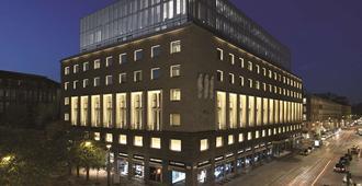 米兰阿玛尼酒店 - 米兰 - 建筑