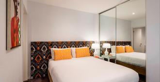 奥克斯品尼高酒店 - 墨尔本 - 睡房