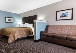 诺曼穆尔斯威尔湖品质套房酒店 - 穆尔斯维尔 - 睡房