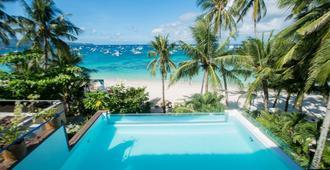 长滩岛拉班卡之家宾馆 - 长滩岛 - 游泳池