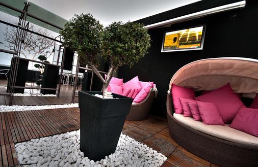 锡拉库扎 1 号乌纳酒店 - 锡拉库扎 - 大厅
