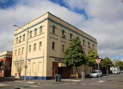 克莱尔尼瑞达公寓酒店 - 吉朗 - 建筑