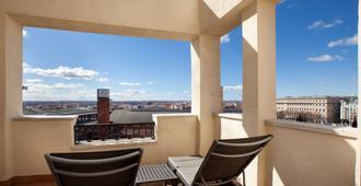 马德里阿托查nh酒店 - 马德里 - 阳台