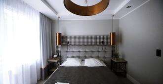 博兹厅酒店 - 索波特 - 睡房