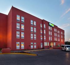 托卢卡埃若普尔托城市青年酒店