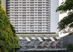 泗水瓦萨酒店 - 泗水 - 建筑