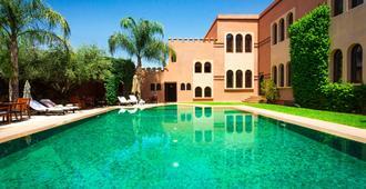阿尔法希亚阿古达尔酒店 - 马拉喀什 - 游泳池