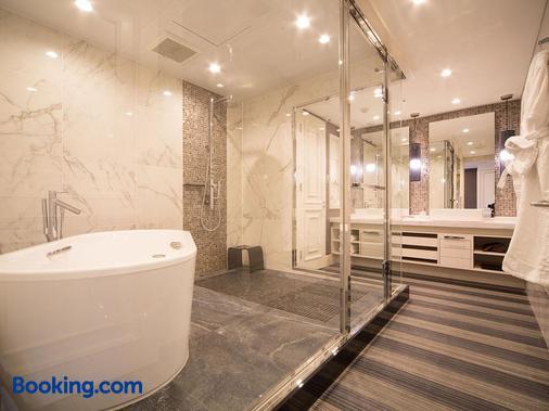 神户皮耶那酒店 - 神户 - 浴室
