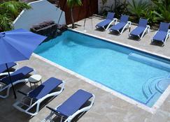 古拉索波卡希蒙家庭旅馆 - 威廉斯塔德 - 游泳池