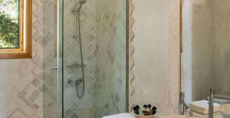 米特斯蓝屋顶专属度假酒店&Spa - 卡达麦纳 - 浴室