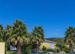 特雷西纳酒店 - 普拉亚达维多利亚 - 户外景观
