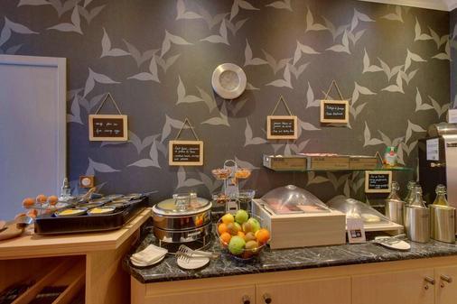 贝斯特韦斯特阿尔克酒店 - 奥尔良 - 自助餐