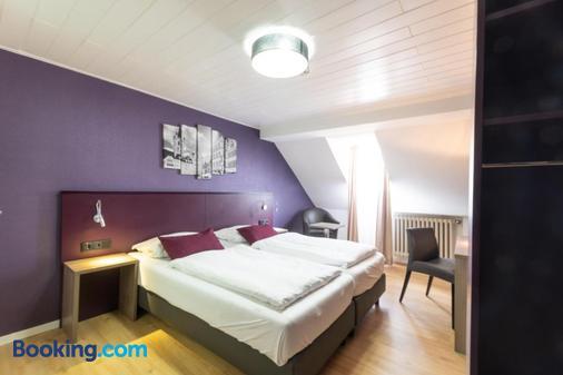 尼格拉城门酒店 - 特里尔 - 睡房