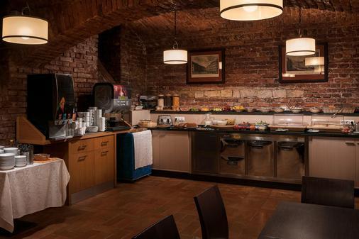 布拉格1号酒店 - 布拉格 - 自助餐
