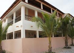罗萨别墅酒店 - 达喀尔 - 建筑
