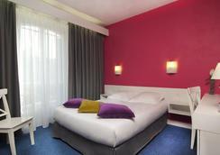 里昂巴士底狱酒店 - 巴黎 - 睡房