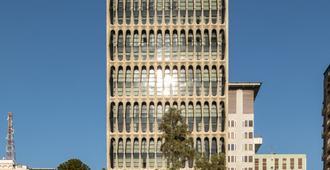 圣保罗蒂沃丽莫法热酒店 - 圣保罗 - 建筑