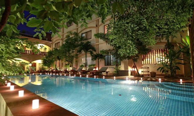 金色芒果旅馆 - 暹粒 - 游泳池