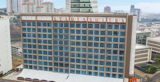 圣达菲视距套房酒店 - 墨西哥城 - 建筑