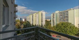 贝拉尼 4 号 P&O 公寓酒店 - 华沙 - 阳台