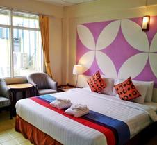 萨瓦斯蒂素坤逸酒店