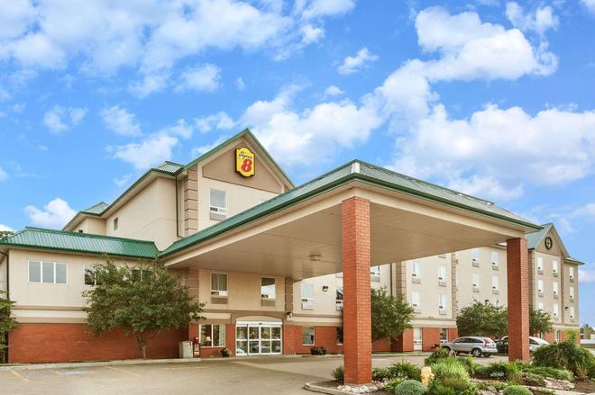 埃德蒙顿南速8酒店 - 埃德蒙顿 - 建筑