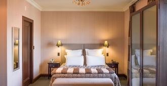 纳皮尔皇冠大酒店 - 纳皮尔 - 睡房