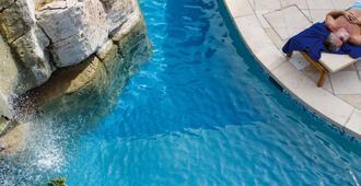 安娜贝拉酒店 - 帕福斯 - 游泳池