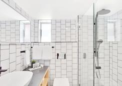 黄金海岸岛民度假村 - 冲浪者天堂 - 浴室