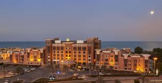 科威特萨菲尔菲尼亚斯酒店 - Al Finţās