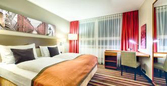 汉堡市北莱昂纳多酒店 - 汉堡 - 睡房