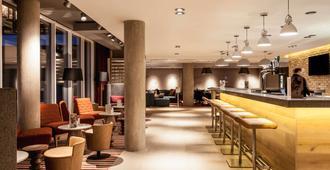 宜必思爱丁堡中心南桥酒店 - 爱丁堡 - 酒吧