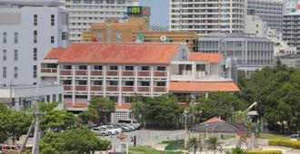 冲绳国际青年旅舍 - 那霸