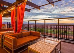 贝斯维斯特鲍威尔湖酒店 - 佩吉 - 阳台