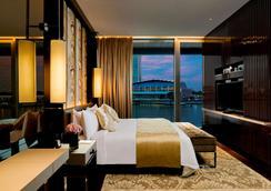 新加坡富丽敦(浮尔顿)海湾酒店 - 新加坡 - 睡房