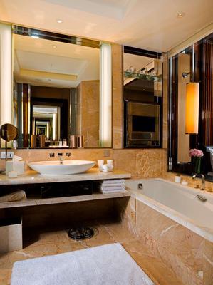 新加坡富丽敦(浮尔顿)海湾酒店 - 新加坡 - 浴室