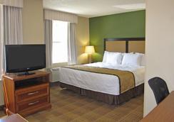 里士满西布罗德街格伦赛德北美国长住酒店 - 里士满 - 睡房