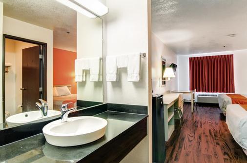 哥伦比亚6号汽车旅馆 - 哥伦比亚 - 浴室