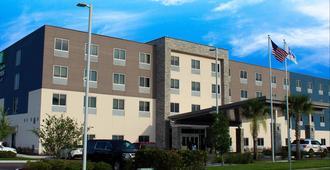 杰克逊维尔W- I295号和I10号智选假日套房酒店 - 杰克逊维尔 - 建筑
