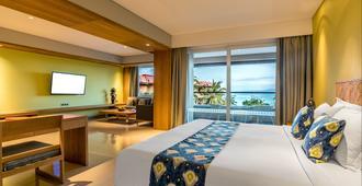 巴厘岛大阿斯顿沙滩度假村 - South Kuta - 睡房