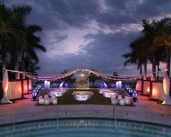 巴亚尔塔硬石度假酒店 - 努埃沃瓦尔塔 - 游泳池