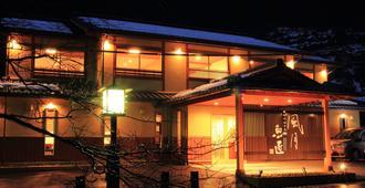 风月鱼礁酒店 - 丰冈市