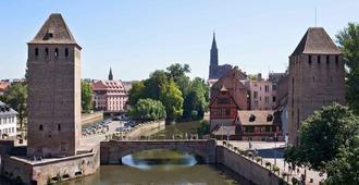 宜必思斯特拉斯堡中心小法国酒店 - 斯特拉斯堡 - 户外景观