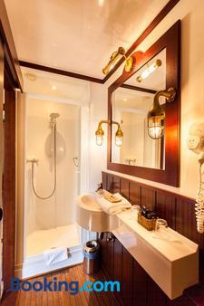 巴尔杰游船酒店 - 布鲁日 - 浴室