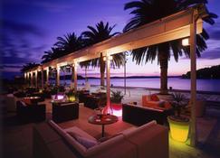 里瓦哈瓦尔游艇港湾酒店 - 赫瓦尔 - 酒吧